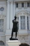 Raffles black statue